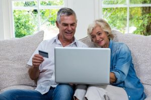 Gyors hitel nyugdíjasoknak – 65 év felett is van remény!