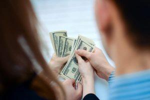 Kötelező-e adóstárs a személyi kölcsön igényléshez?