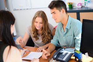 Szükséges-e bankszámlát nyitni személyi kölcsön igénylésekor?
