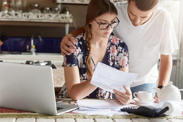 Adósságrendező hitellel