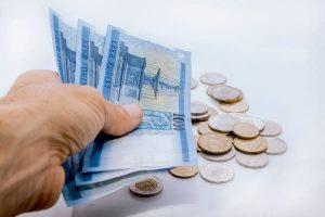 Készpénzben kapom a fizetésem, kaphatok kölcsönt?