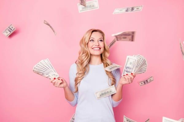 Hogy spórolhatsz hat számjegyű összeget a babaváró hitel igénylésekor?