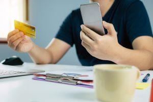 Miért éri meg online intézni a kölcsönt?