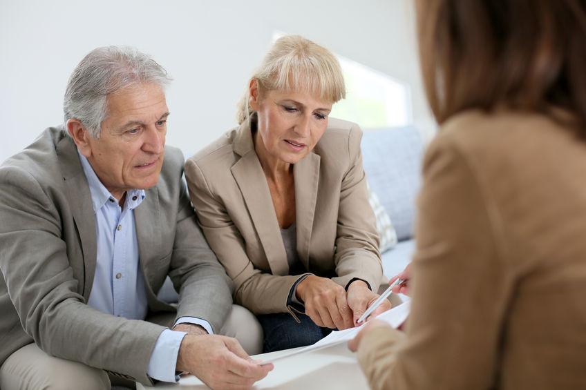 Nyugdíjasként hitelfelvétel – lehetséges?