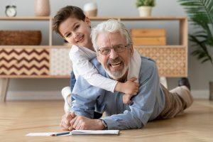 Milyen feltételekkel lehet igényelni CSOK-ot nyugdíjasként?