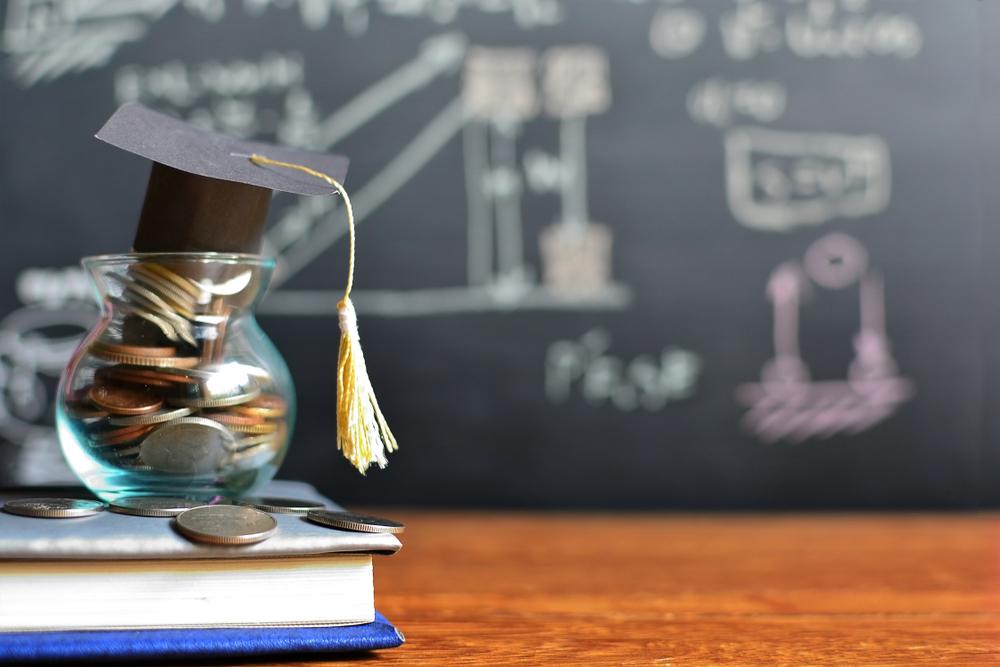 Milyen hitelek vehetők igénybe a továbbtanulás finanszírozására?