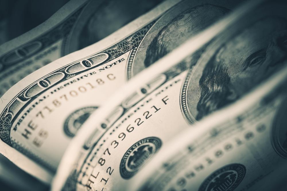Milyen hatásai lehetnek a dollár erősödésének?